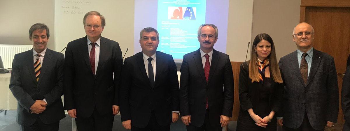 Avrupa Günü Etkinlikleri Çerçevesinde Türkiye-AB İlişkileri Konferansı Gerçekleştirildi