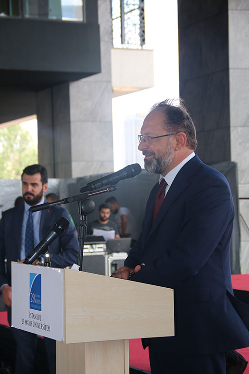İstanbul 29 Mayıs Üniversitesi Ümraniye Elmalıkent Yerleşkesi 2019 Mezuniyet Töreni